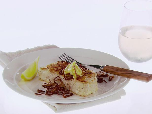 GH0421H_halibut-with-lemon-butter-and-crispy-shallots_s4x3_lg